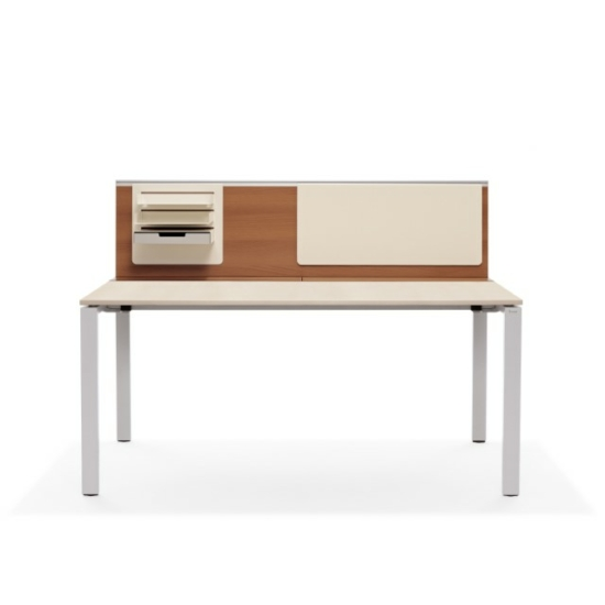 Bene T7 íróasztal 140 x 80 x 74