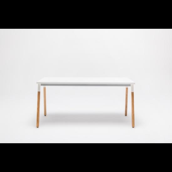 OGI W (tömörfa A-lábas, merevítő gerendás) 140 x 70   kőris láb / fehér asztallap / fehér váz